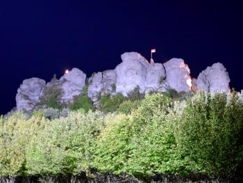 In Szene gesetzt: Der beleuchtete Staffelberg